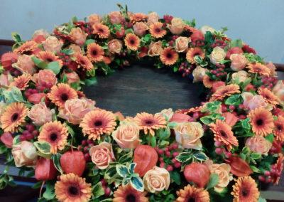 Trauerkranz aus Blüten